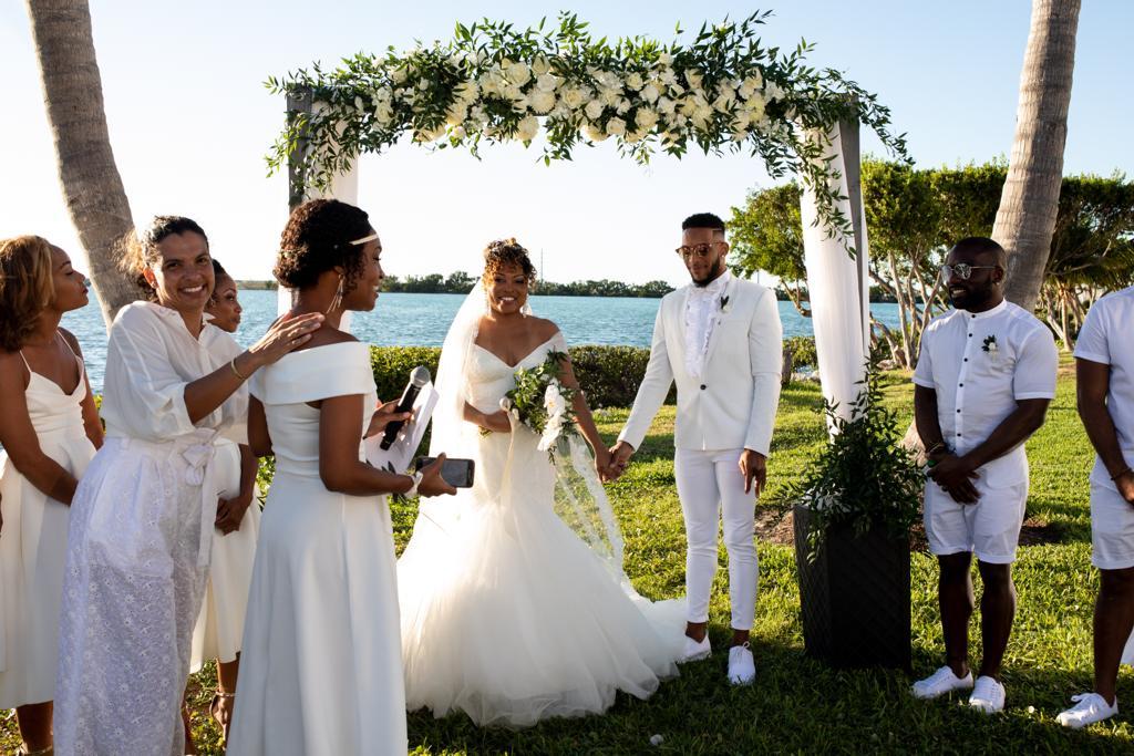 officiant cérémonie laïque destination wedding